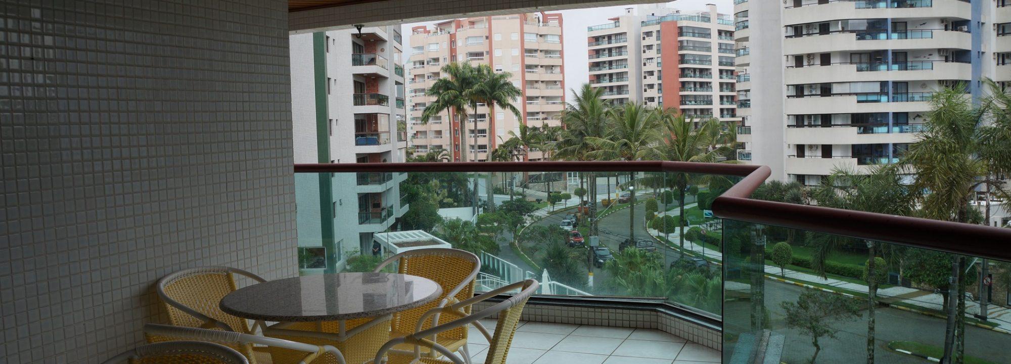 Ótimo apartamento com 4 dormitórios sendo 2 suítes com dependência de empregada